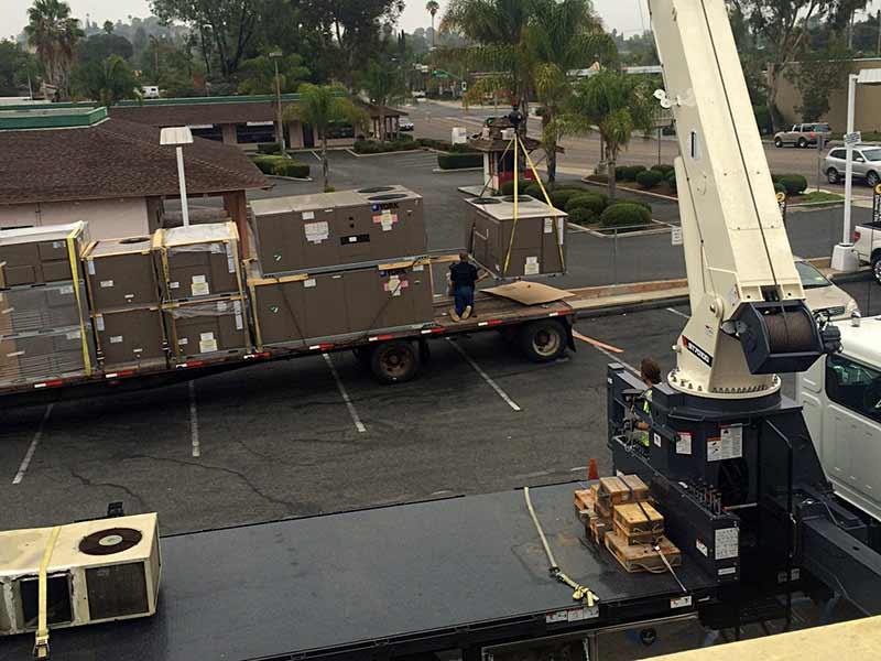 Crane Unloading Refrigeration Units